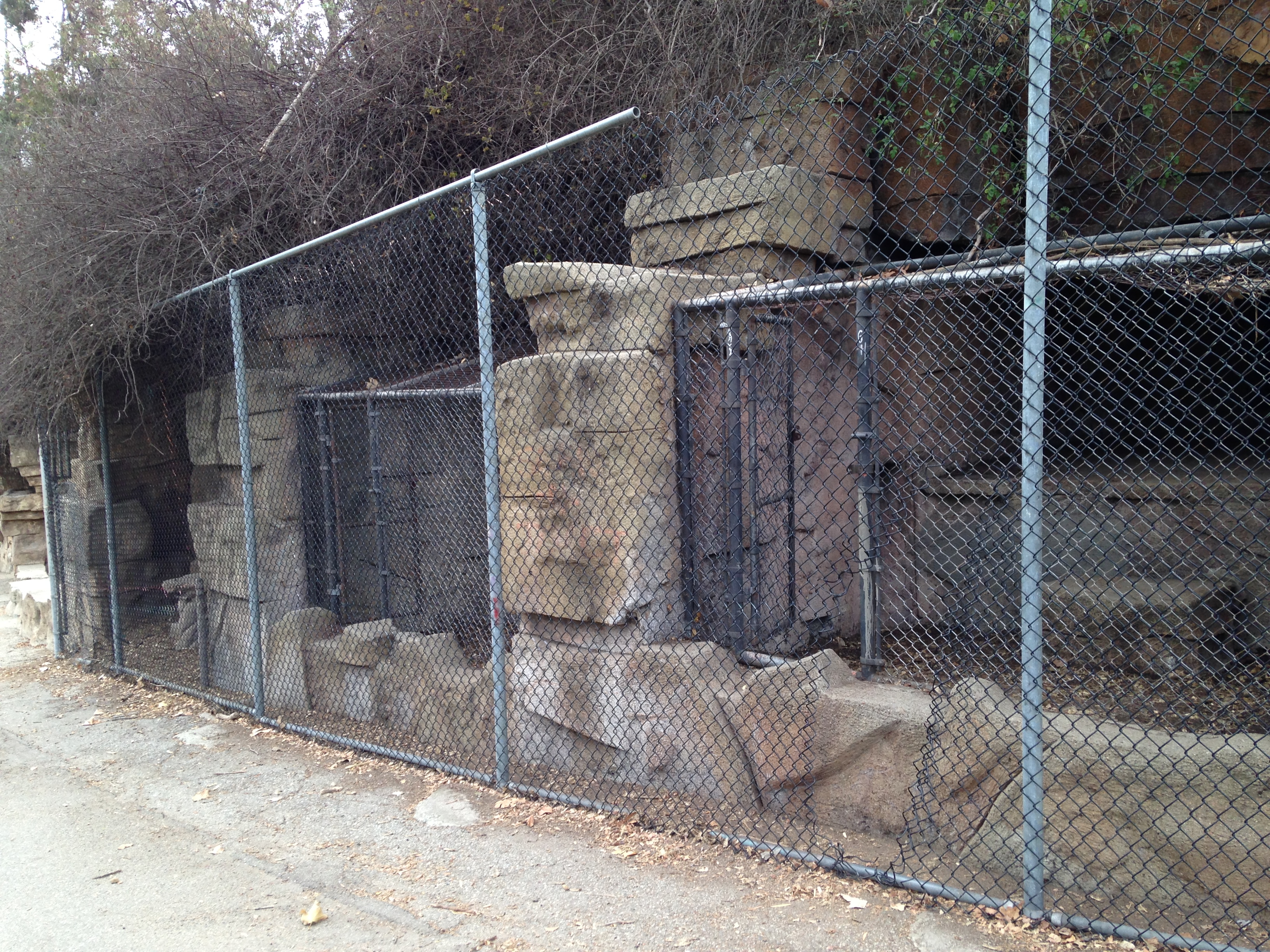 The Abandoned L A Zoo Party With The Ghosts Of Dead Animals California Curiosities